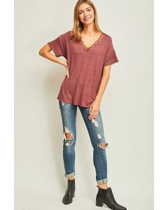 Entro Heathered V-Neck Lace Top Red